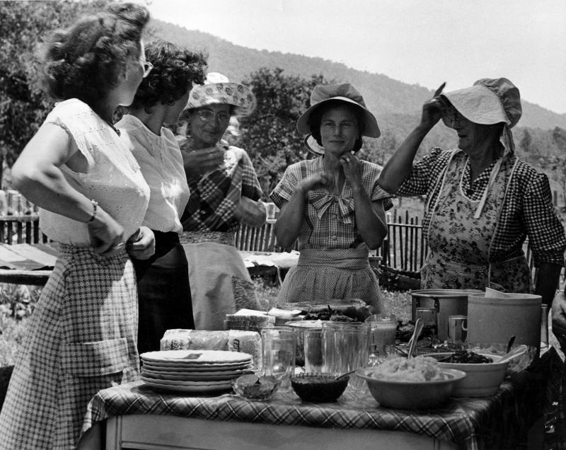Women Having Dinner On The Grounds At Quilting Bee-8563